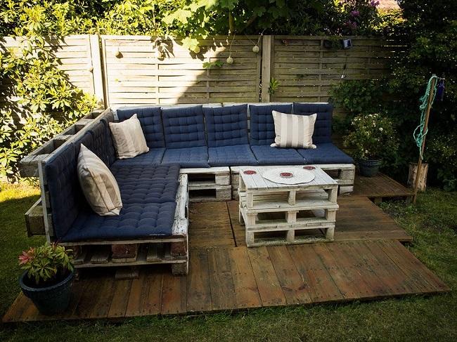 садовая мебель из старых поддонов