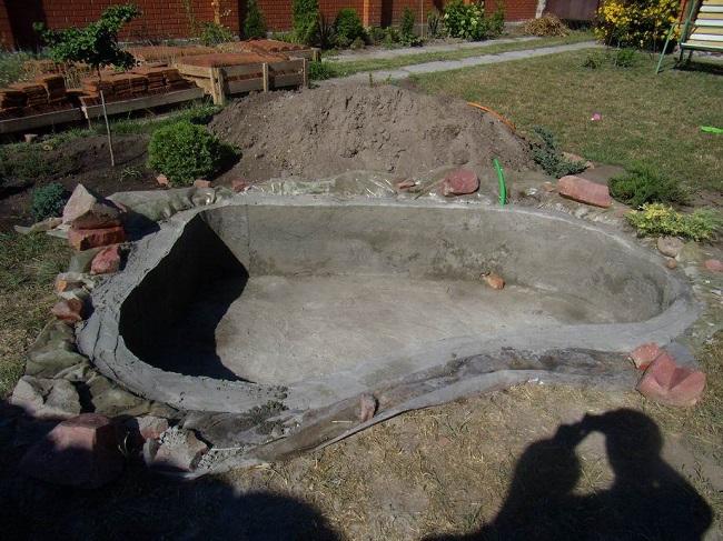 бетонный водоем