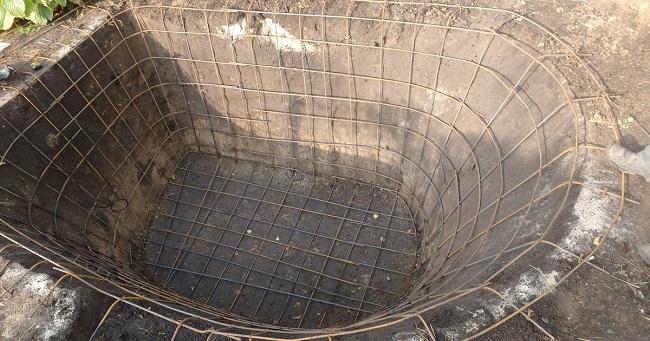 бетонирование чаши пруда