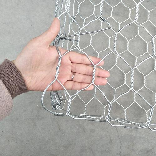 плетение сетки для габионов