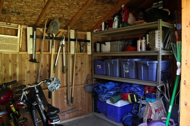 системы хранения в гараже с хозблоком
