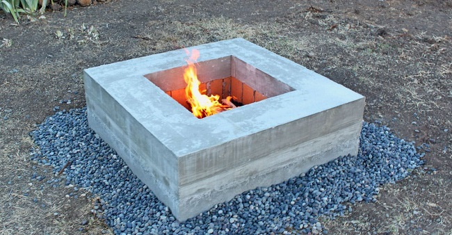 очаг на даче из бетона