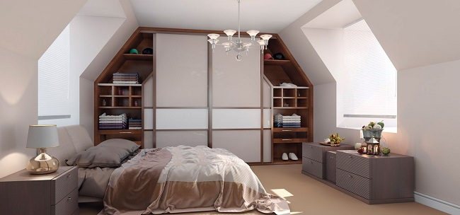 Шкафы в спальню на мансарде