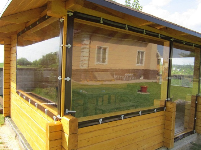 мягкие окна из пвх для беседки
