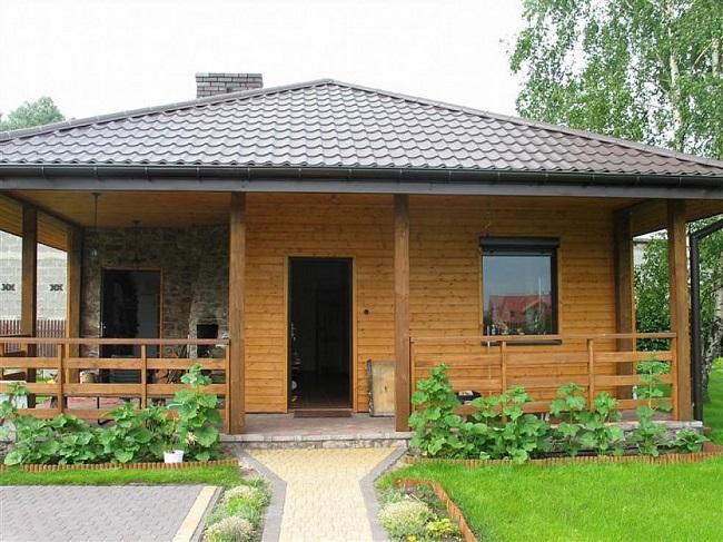 крыша одноэтажного дома с террасой