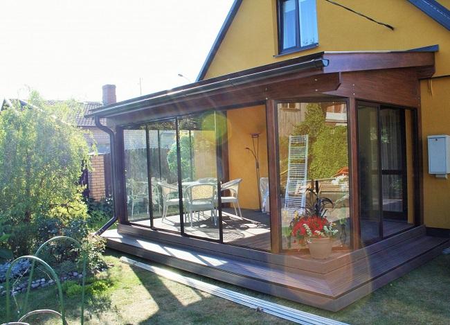 пристройка к дому из стекла