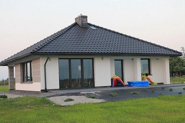 одноэтажный дом 10 на 9 с террасой