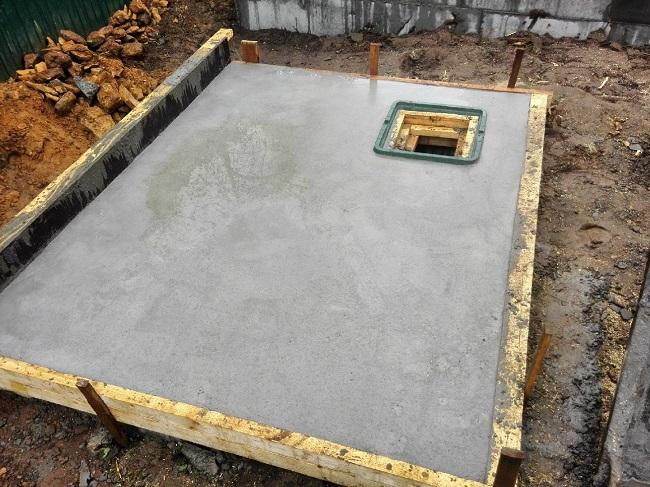 плитный фундамент под летнюю кухню с погребом