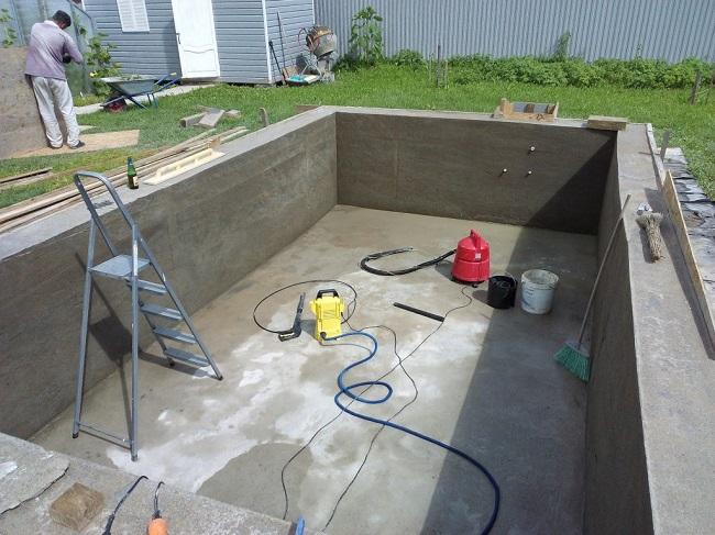 бассейн после снятия опалубки