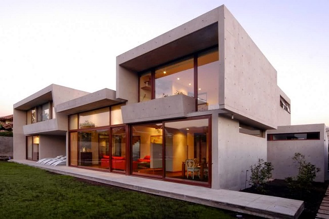 дом в стиле Hi-Tech