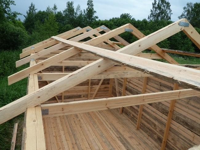 стропильная система крыши сарая