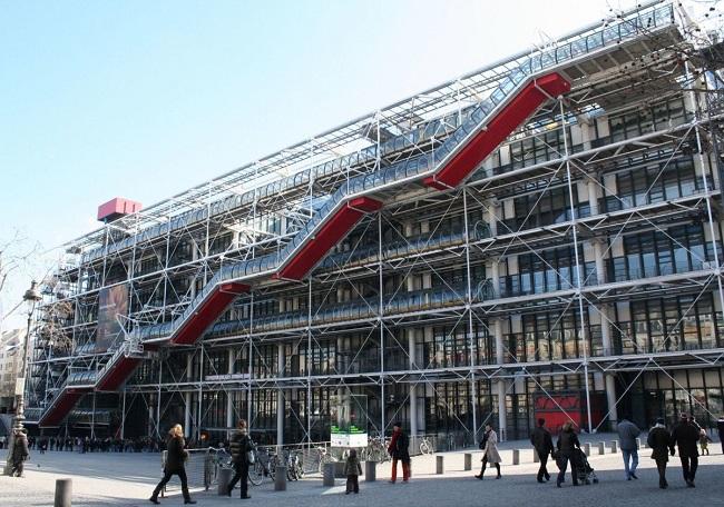 первое хай-тек здание во франции