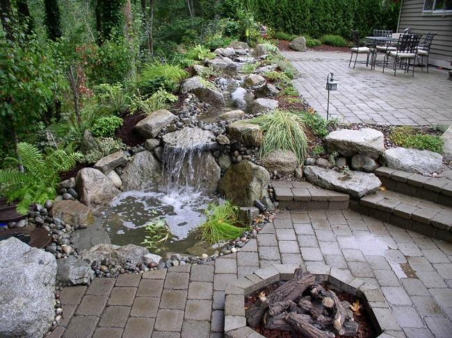 водопад рядом с зоной отдыха