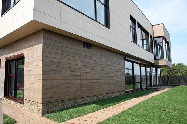 отделка фасада дома керамогранитом