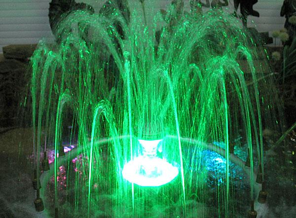 светящийся фонтан с музыкой