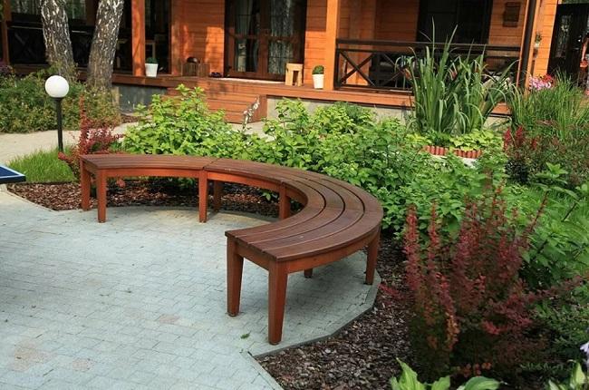 скамейки в ландшафтном дизайне
