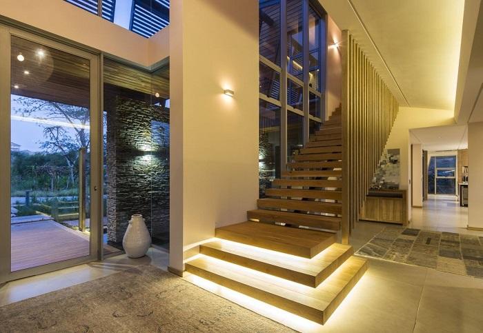 подсветка интерьера частного дома
