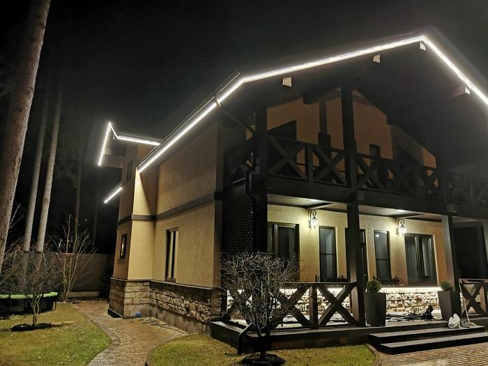красивая подсветка контура дома