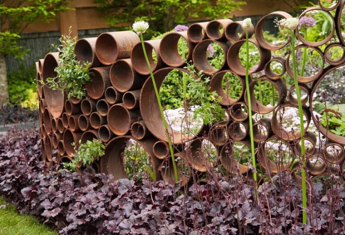 ландшафтный дизайн из остатков труб