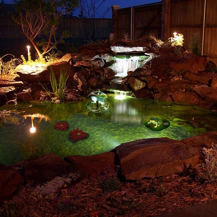 подсветка водоемов на участке