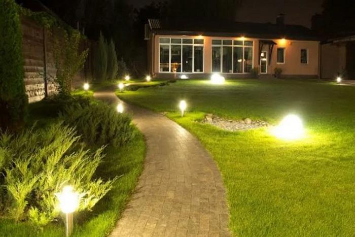 освещение дорожек частного дома