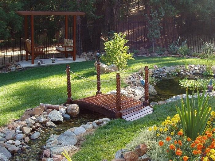 где поставить мостик для сада