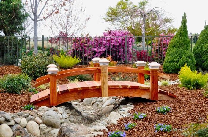 садовый мостик в японском стиле